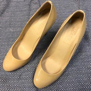 """J.Crew patent leather Mona pumps. 3"""" heel."""